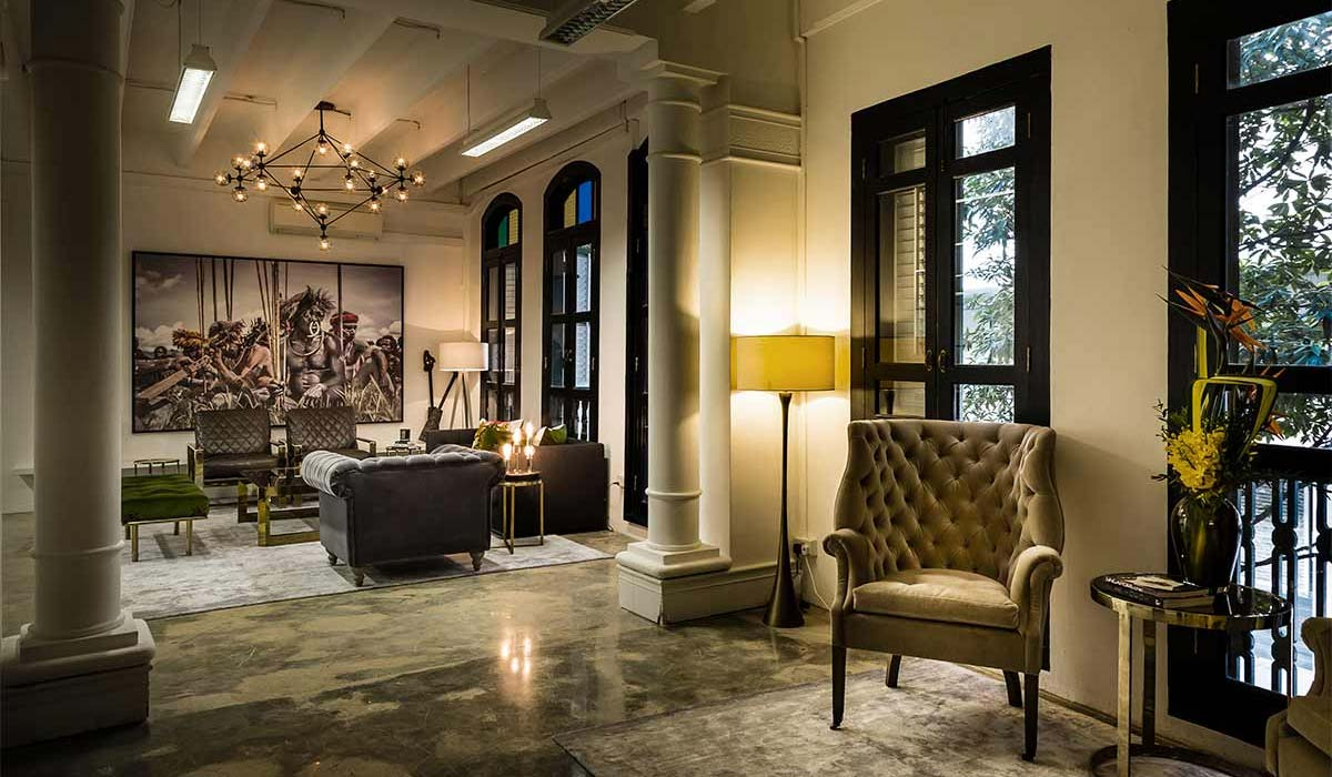 Elliot James Interior Designer in Singapore